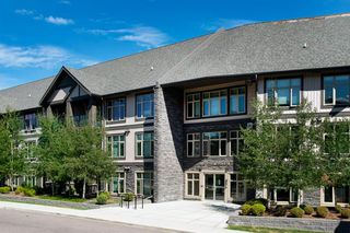 Photo 1: 212 45 ASPENMONT Heights SW in Calgary: Aspen Woods Apartment for sale : MLS®# A1026251
