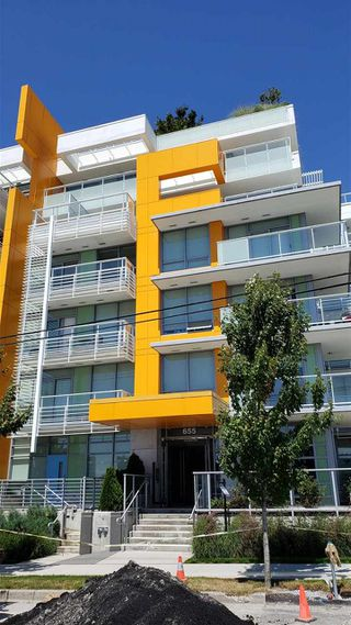 Photo 1: 104 655 W 41ST Avenue in Vancouver: Cambie Condo for sale (Vancouver West)  : MLS®# R2494646