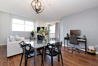 """Photo 7: 307 19131 FORD Road in Pitt Meadows: Central Meadows Condo for sale in """"WOODFORD"""" : MLS®# R2527628"""