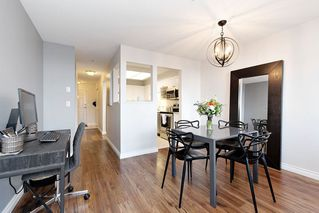"""Photo 5: 307 19131 FORD Road in Pitt Meadows: Central Meadows Condo for sale in """"WOODFORD"""" : MLS®# R2527628"""
