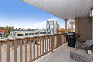 """Photo 19: 307 19131 FORD Road in Pitt Meadows: Central Meadows Condo for sale in """"WOODFORD"""" : MLS®# R2527628"""