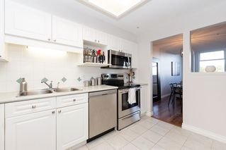 """Photo 11: 307 19131 FORD Road in Pitt Meadows: Central Meadows Condo for sale in """"WOODFORD"""" : MLS®# R2527628"""
