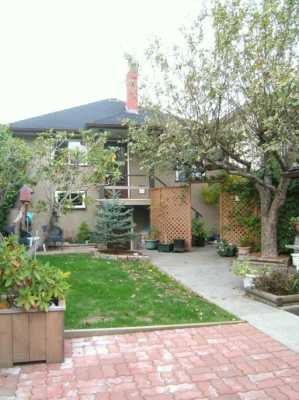 "Photo 2: 2774 WILLIAM Street in Vancouver: Renfrew VE House for sale in ""RENFREW"" (Vancouver East)  : MLS®# V615703"
