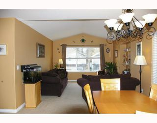 "Photo 3: 11566 239A Street in Maple_Ridge: Cottonwood MR House for sale in ""TWIN BROOKS"" (Maple Ridge)  : MLS®# V744585"
