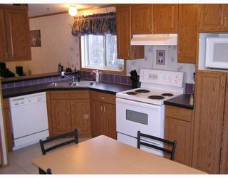 "Photo 2: 14520 HUBERT Road in Prince_George: Hobby Ranches Manufactured Home for sale in ""HOBBY RANCHES"" (PG Rural North (Zone 76))  : MLS®# N188454"