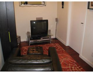 """Photo 5: 303 2055 YUKON Street in Vancouver: Mount Pleasant VW Condo for sale in """"THE MONTREUX"""" (Vancouver West)  : MLS®# V754254"""