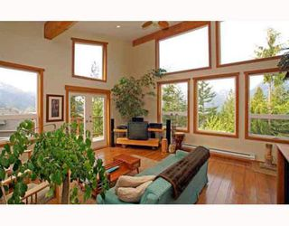 Photo 1: 1013 TOBERMORY Way in Squamish: Garibaldi Highlands House for sale : MLS®# V757176