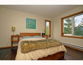 Photo 10: 1013 TOBERMORY Way in Squamish: Garibaldi Highlands House for sale : MLS®# V757176