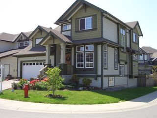 "Photo 3: 7361 200A Street in Langley: Willoughby Heights House for sale in ""JERICHO RIDGE"" : MLS®# F2911240"