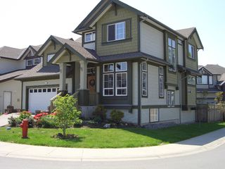 """Photo 2: 7361 200A Street in Langley: Willoughby Heights House for sale in """"JERICHO RIDGE"""" : MLS®# F2911240"""