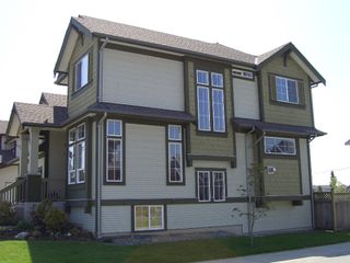 "Photo 4: 7361 200A Street in Langley: Willoughby Heights House for sale in ""JERICHO RIDGE"" : MLS®# F2911240"