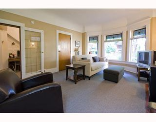 Photo 2: 31 W 11TH Avenue in Vancouver: Mount Pleasant VW House for sale (Vancouver West)  : MLS®# V773321