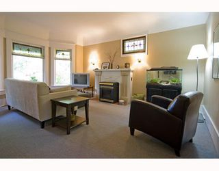 Photo 3: 31 W 11TH Avenue in Vancouver: Mount Pleasant VW House for sale (Vancouver West)  : MLS®# V773321