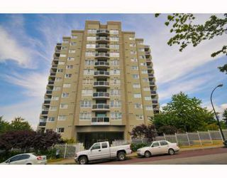 "Photo 1: 901 1833 FRANCES Street in Vancouver: Hastings Condo for sale in ""PANORAMA GARDENS"" (Vancouver East)  : MLS®# V773744"