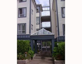"Photo 2: P4 2736 VICTORIA Drive in Vancouver: Grandview VE Condo for sale in ""ROYAL VICTORIA GARDENS"" (Vancouver East)  : MLS®# V776089"