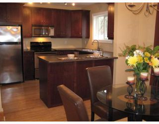 Photo 3: 434 OXFORD Street in WINNIPEG: River Heights / Tuxedo / Linden Woods Residential for sale (South Winnipeg)  : MLS®# 2907339
