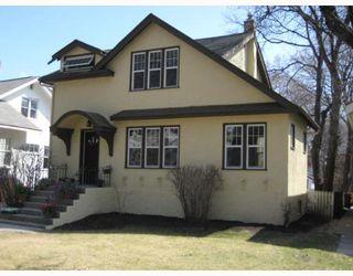 Photo 1: 434 OXFORD Street in WINNIPEG: River Heights / Tuxedo / Linden Woods Residential for sale (South Winnipeg)  : MLS®# 2907339