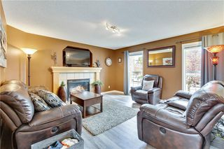Photo 5: 955 PRESTWICK Circle SE in Calgary: McKenzie Towne Detached for sale : MLS®# C4257598