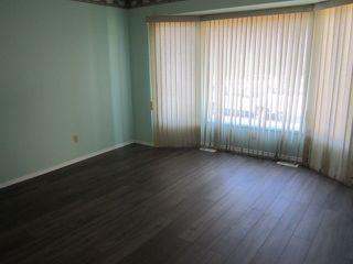 Photo 8: 3907 41 Avenue in Edmonton: Zone 29 House for sale : MLS®# E4166839