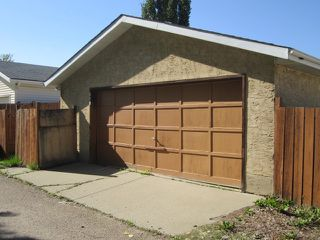 Photo 15: 3907 41 Avenue in Edmonton: Zone 29 House for sale : MLS®# E4166839
