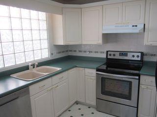 Photo 5: 3907 41 Avenue in Edmonton: Zone 29 House for sale : MLS®# E4166839