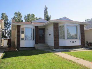 Photo 1: 3907 41 Avenue in Edmonton: Zone 29 House for sale : MLS®# E4166839