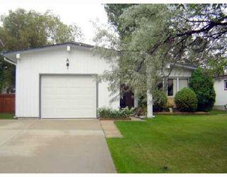 Photo 2: 209 WHARTON Boulevard in WINNIPEG: Westwood / Crestview Residential for sale (West Winnipeg)  : MLS®# 2816273