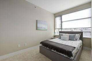 "Photo 14: 504 2655 CRANBERRY Drive in Vancouver: Kitsilano Condo for sale in ""New Yorker"" (Vancouver West)  : MLS®# R2403928"
