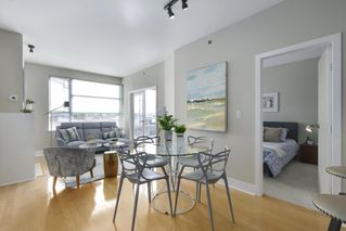 "Photo 4: 504 2655 CRANBERRY Drive in Vancouver: Kitsilano Condo for sale in ""New Yorker"" (Vancouver West)  : MLS®# R2403928"