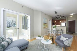 "Photo 3: 504 2655 CRANBERRY Drive in Vancouver: Kitsilano Condo for sale in ""New Yorker"" (Vancouver West)  : MLS®# R2403928"