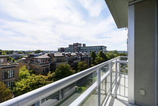 "Photo 9: 504 2655 CRANBERRY Drive in Vancouver: Kitsilano Condo for sale in ""New Yorker"" (Vancouver West)  : MLS®# R2403928"