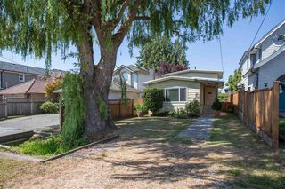 Photo 2: 11171 4TH Avenue in Richmond: Steveston Village House for sale : MLS®# R2428160