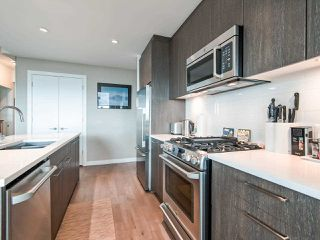 Photo 4: 1602 9060 UNIVERSITY Crescent in Burnaby: Simon Fraser Univer. Condo for sale (Burnaby North)  : MLS®# R2428248