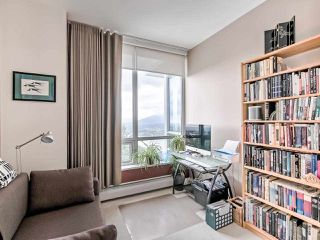 Photo 11: 1602 9060 UNIVERSITY Crescent in Burnaby: Simon Fraser Univer. Condo for sale (Burnaby North)  : MLS®# R2428248