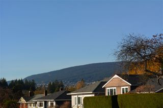 Photo 7: 435 W 26TH Street in North Vancouver: Upper Lonsdale House for sale : MLS®# R2448297