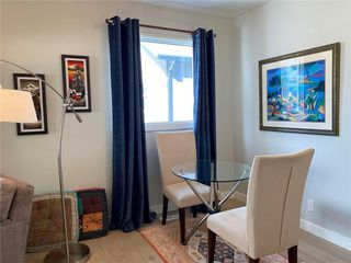 Photo 5: 714 5 Street NW in Calgary: Sunnyside Detached for sale : MLS®# C4295696