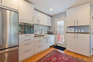 Photo 11: LA MESA House for sale : 3 bedrooms : 9550 Lakeview Dr