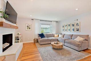 Photo 3: LA MESA House for sale : 3 bedrooms : 9550 Lakeview Dr
