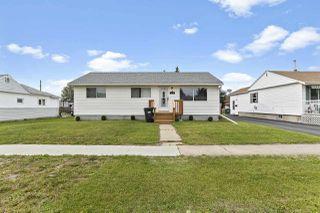 Photo 1: 4728 49 Avenue: Cold Lake House for sale : MLS®# E4204000