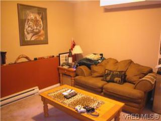 Photo 12: 513 Acland Ave in VICTORIA: Co Wishart North Single Family Detached for sale (Colwood)  : MLS®# 514216