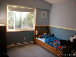 Photo 7: 513 Acland Ave in VICTORIA: Co Wishart North Single Family Detached for sale (Colwood)  : MLS®# 514216