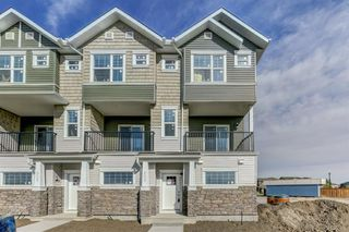 Photo 2: 809 115 Sagewood Drive: Airdrie Row/Townhouse for sale : MLS®# A1036627