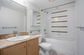 "Photo 7: 1306 909 MAINLAND Street in Vancouver: Yaletown Condo for sale in ""YALETOWN PARK 2"" (Vancouver West)  : MLS®# R2516846"