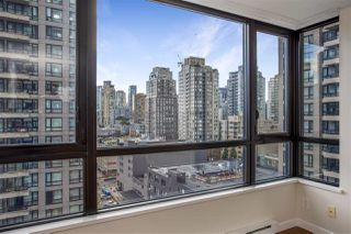 "Photo 10: 1306 909 MAINLAND Street in Vancouver: Yaletown Condo for sale in ""YALETOWN PARK 2"" (Vancouver West)  : MLS®# R2516846"