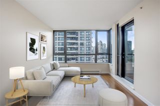 "Photo 1: 1306 909 MAINLAND Street in Vancouver: Yaletown Condo for sale in ""YALETOWN PARK 2"" (Vancouver West)  : MLS®# R2516846"