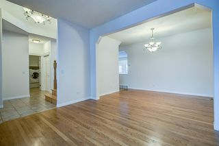 Photo 4: 96 Simcoe Close SW in Calgary: Signal Hill Detached for sale : MLS®# A1055067