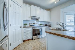 Photo 17: 96 Simcoe Close SW in Calgary: Signal Hill Detached for sale : MLS®# A1055067