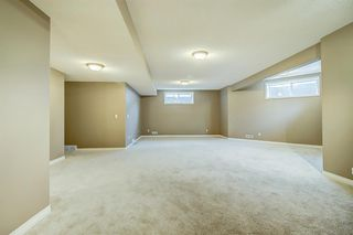 Photo 34: 96 Simcoe Close SW in Calgary: Signal Hill Detached for sale : MLS®# A1055067