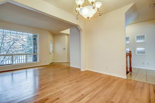 Photo 5: 96 Simcoe Close SW in Calgary: Signal Hill Detached for sale : MLS®# A1055067