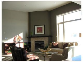Photo 2: 19 ELSTREE Court in WINNIPEG: Windsor Park / Southdale / Island Lakes Residential for sale (South East Winnipeg)  : MLS®# 2918240